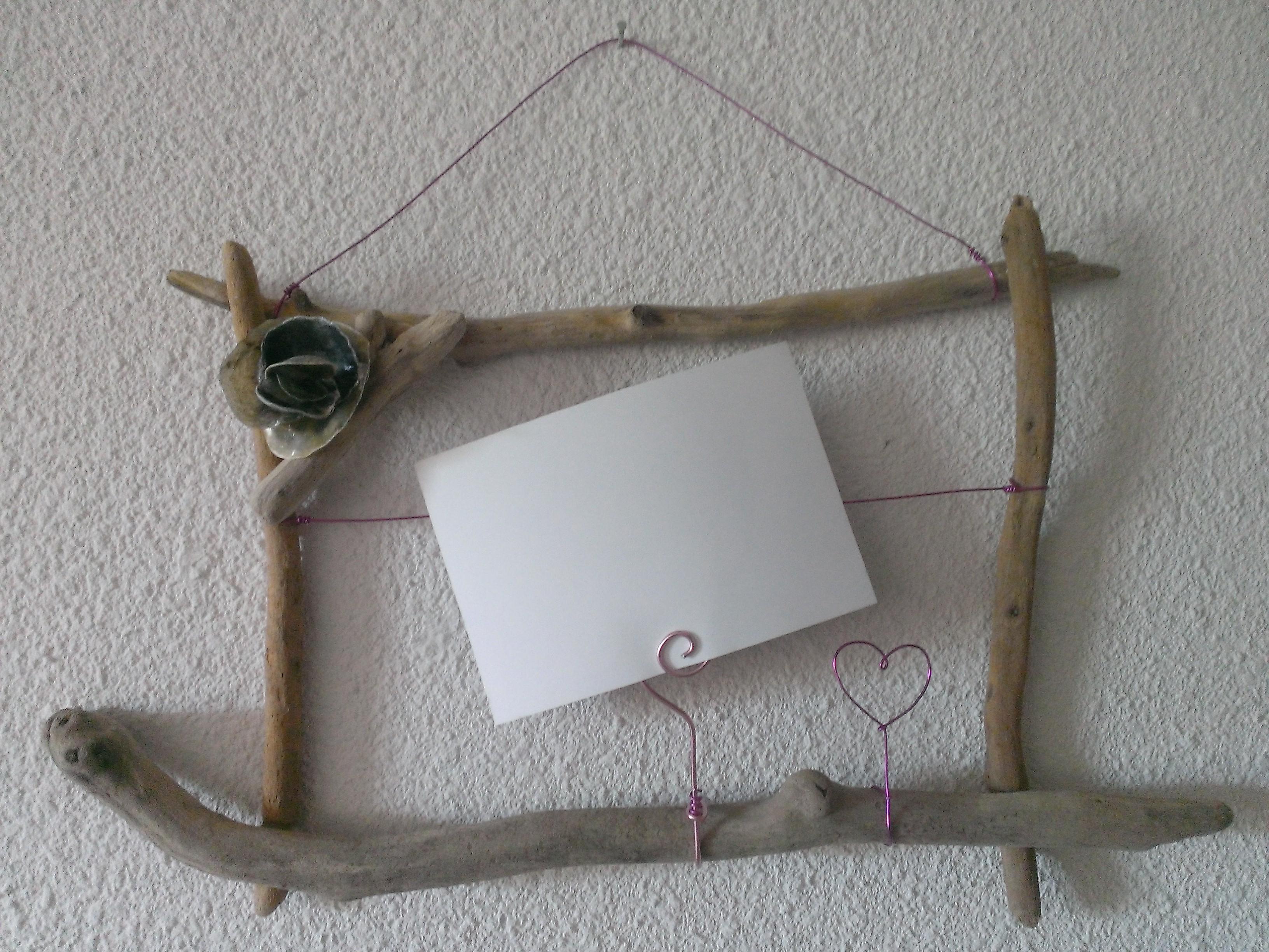 Cadres photo en bois flott coquillages et fils d for Cadre photo en bois flotte