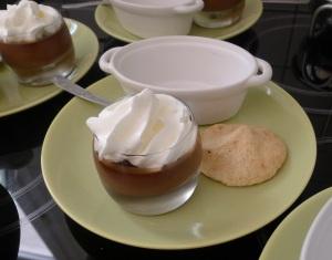 Crème chocolat, chantilly et meringue italienne